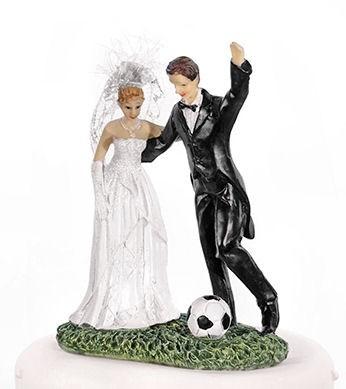 Polystone 'Hochzeitspaar mit Fußball'