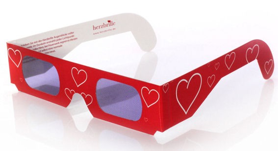 3D - Herzbrille 'Tagträumer', Pappbrille mit Herzen, Effektbrille